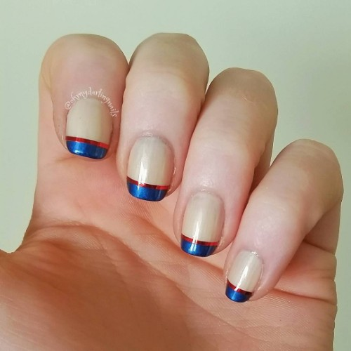 4th-of-July-French-manicure