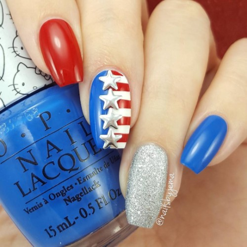 cool-patriotic-nail-design