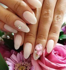 beige nude nails iceball