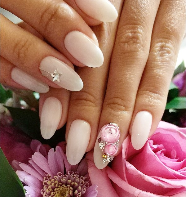 beige nude nails iceball