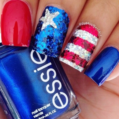 sequin-nail-design-for-independence-day