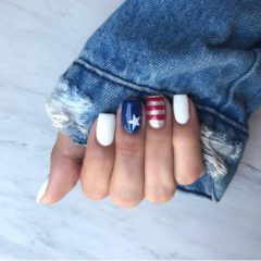 starry-independance-day-white-red-blue-silver-nails
