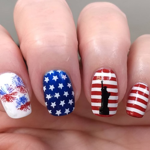 4th-of-July-nails-with-statue-of-Liberty