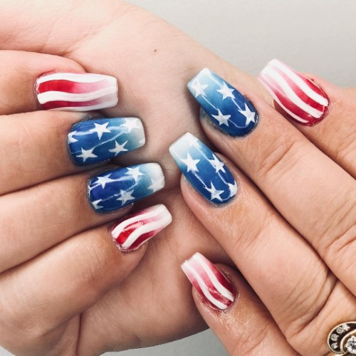 4th-of-july-manicure
