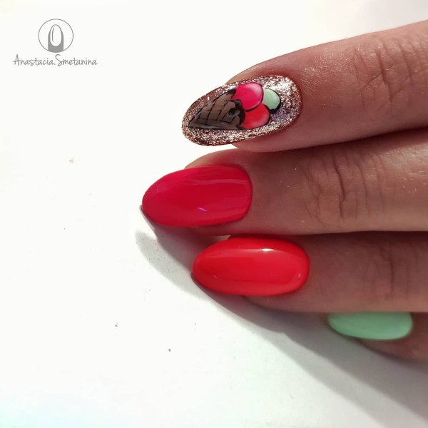ice-cream-nail-design