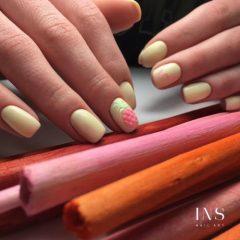 banana yellow nails with pink pineapple