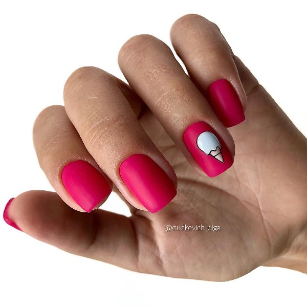 bright-pink-summer-nails-with-ice-cream