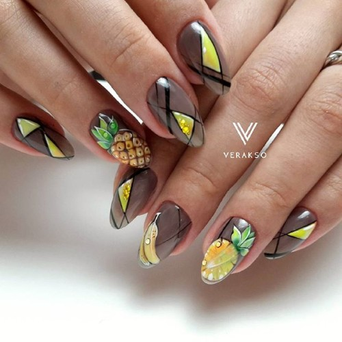 brown nails with pineapples