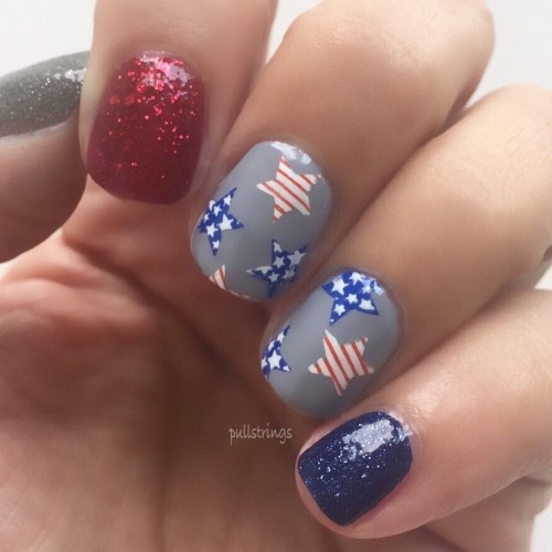 independence-day-mani-with-stars