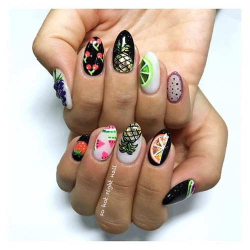 nails with fruits and pineapples