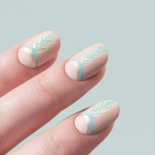 nude nails with mint green leaves