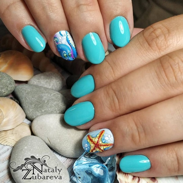 octopus-and-seastar-manicure-for-summer