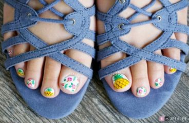 pineapple toe nail design