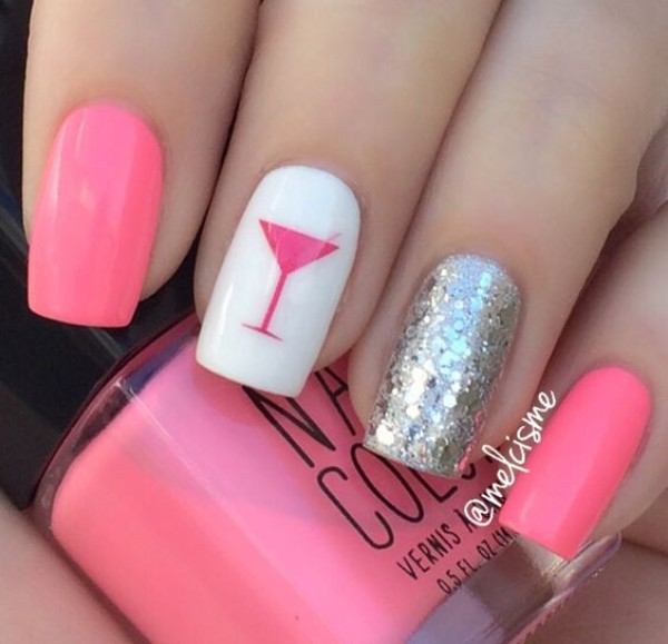 pink-and-silver-summer-nail-design-with-cocktail