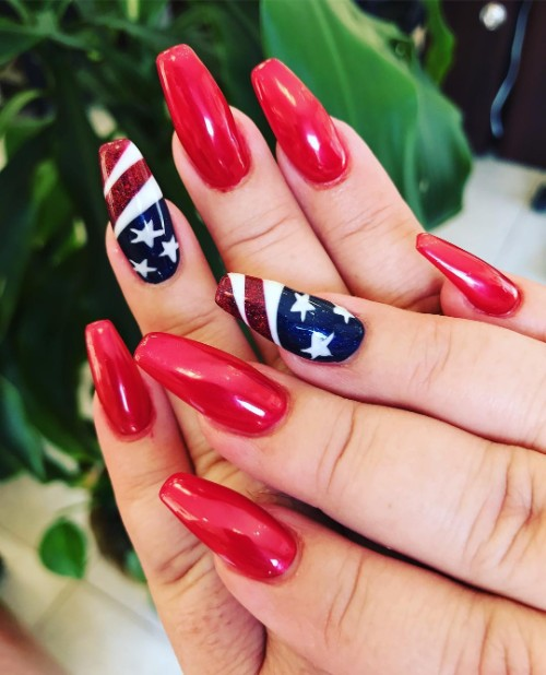 read-and-blue-4th-of-july-nails-with-stars
