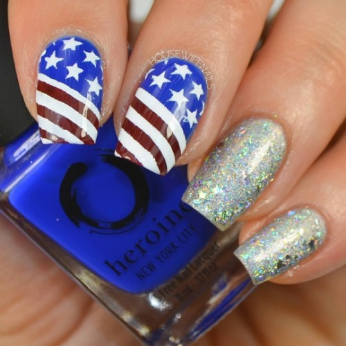 silver-glitter-nails-with-american-flag-for-independence-day