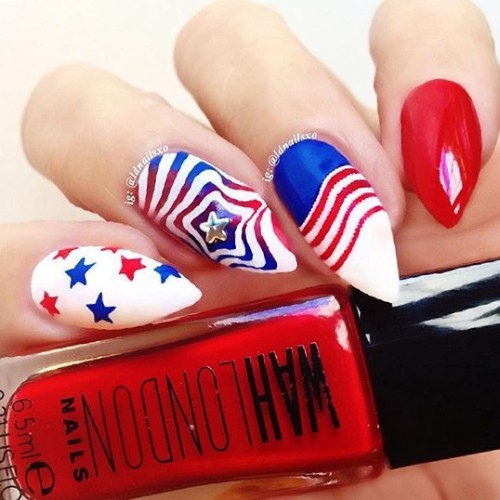stiletto-nail-design-for-independence-day