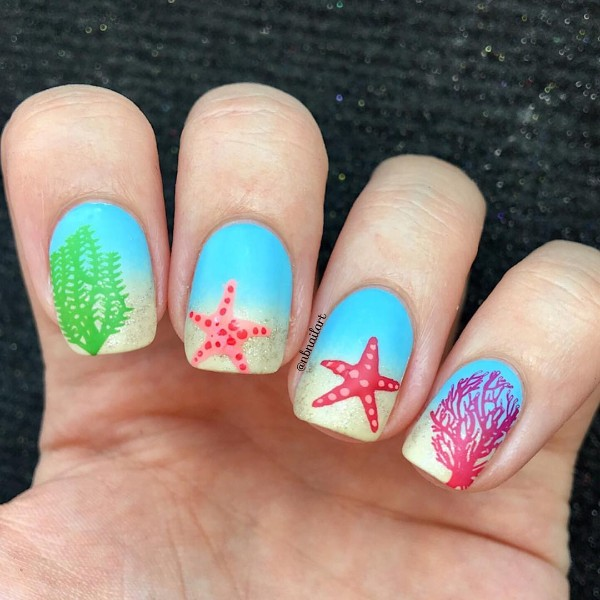 summer-beach-nails-sea-star
