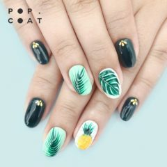 summer green nails with pineapple and leaves