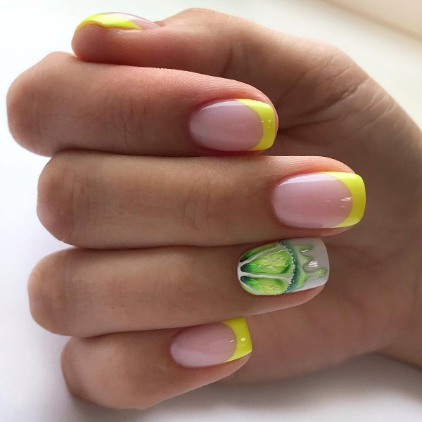 summer-lemon-french-manicure
