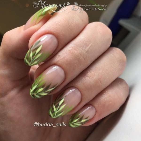 summer-nail-art-with-leaves