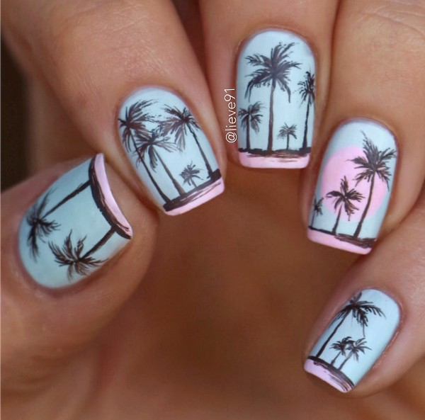 summer-nail-art-with-palm-trees