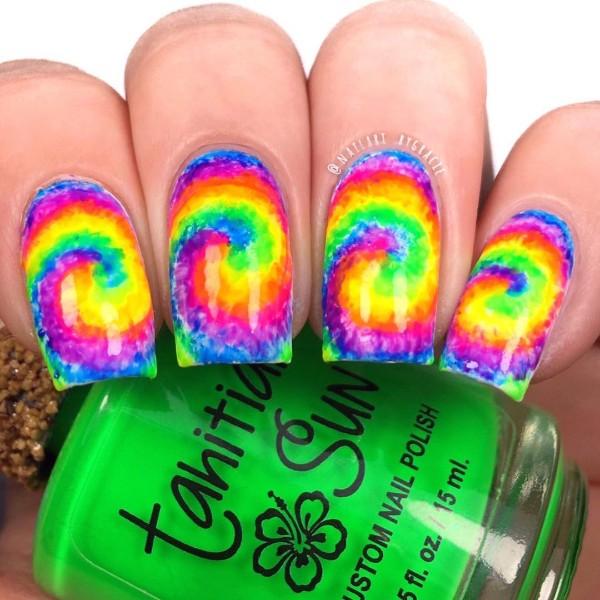 summer-neon-tie-dye-nail-art