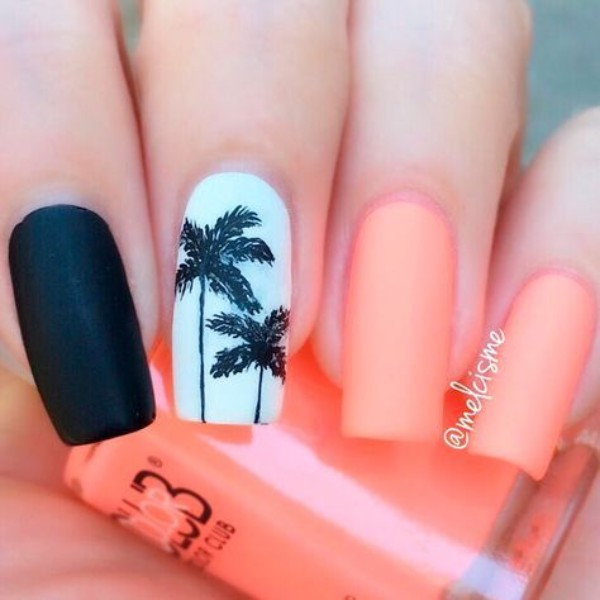 summer-palmtrees-nails
