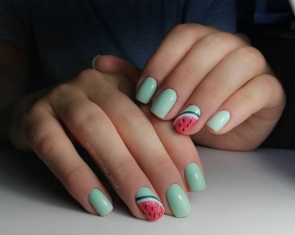 summer-watermelon-nails