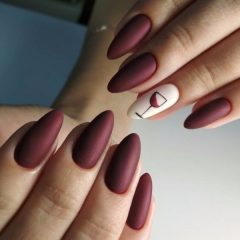 matte-glass-of-wine-nail-art