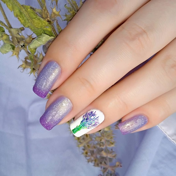 summer lavanda themed nails