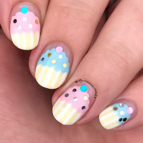 birthday-cupcake-nail-art