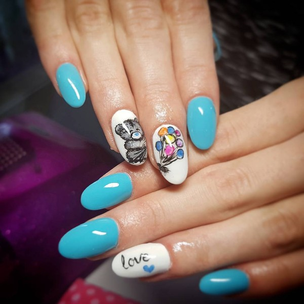 blue-and-white-birthday-nails