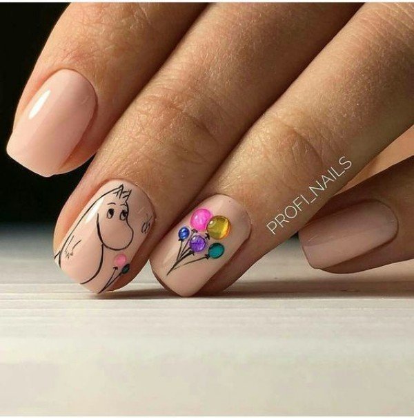 Nude Birthday Nails with Balloons and a Mumintroll - Birthday Nails: New Ideas For 2018-2019 NAILSPIRATION