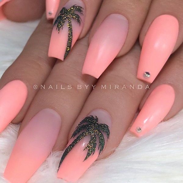 pink-palm-tree-nails