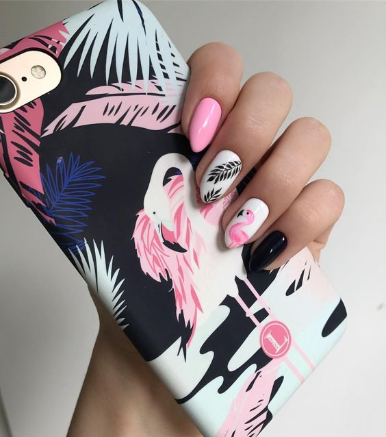 summer-mani-with-flamingos