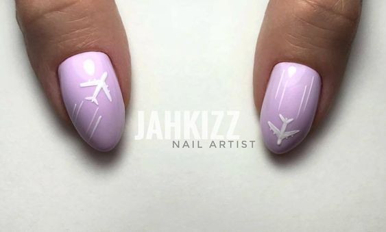summer-voyage-nails