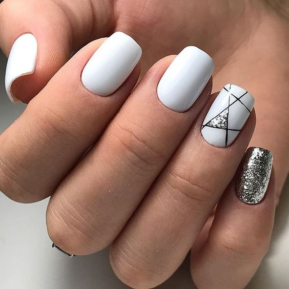 summer-white-nail-art