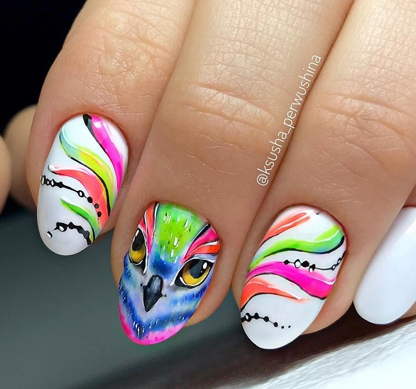 white-nails-with-colorfil-owl
