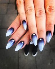 dark-to-light-ombre-on-fall-nails