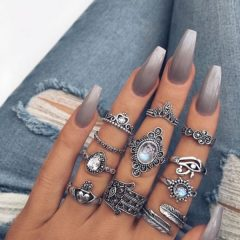 fall-gray-ombre-nails