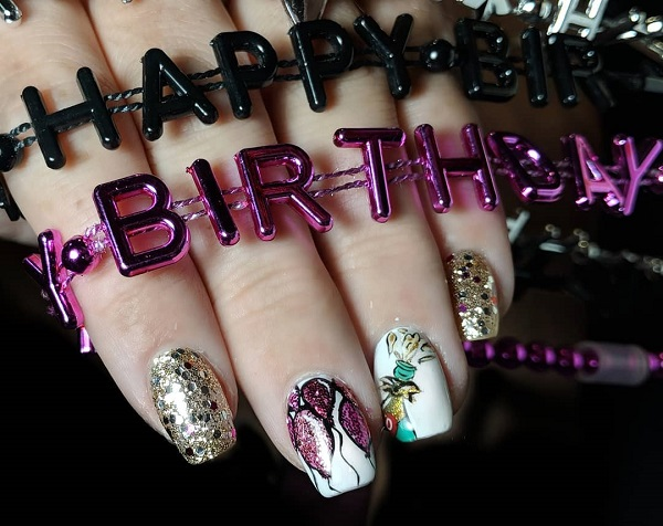 golden-birthday-nails
