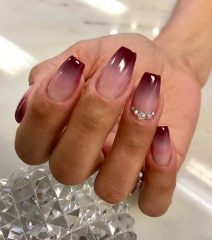 nude-to-wine-red-fall-ombre-nails