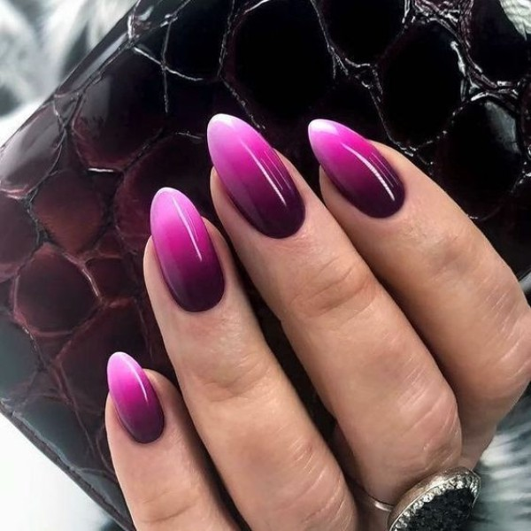 wine-pink-fall-ombre-nails