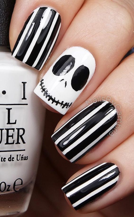 ack-Pumpkin-King-Nails-Halloween