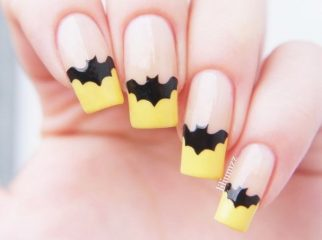 bat-halloween-french-nail-design