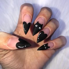 black-cat-acrylic-halloween-nails
