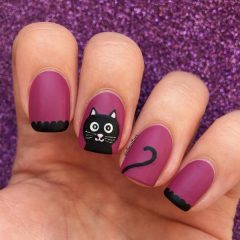 black-cat-halloween-nails