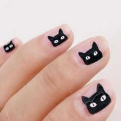 black-cats-halloween-nails