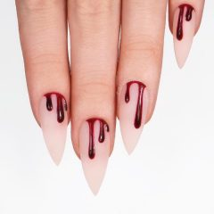 blood-drops-nail-design